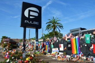 Pulse nightclub memorial. Photo by Walter (walterpro on Flickr). CC BY 2.0 (https://creativecommons.org/licenses/by/2.0/legalcode)